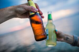 Know the benefits of alcohol delivery Singapore